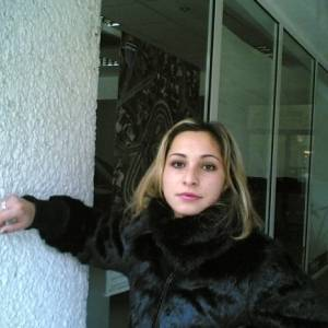 Poze cu Mmona