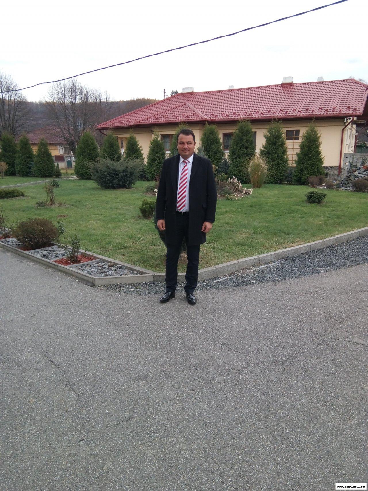 Matrimoniale Barbati Vaduvi Sibiu, Singure care fac sex bârlad