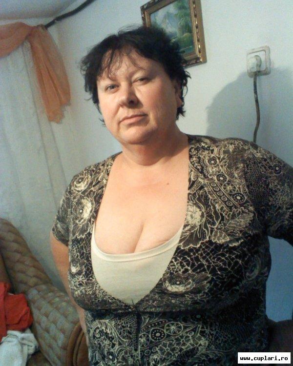 fete singure din tulcea)