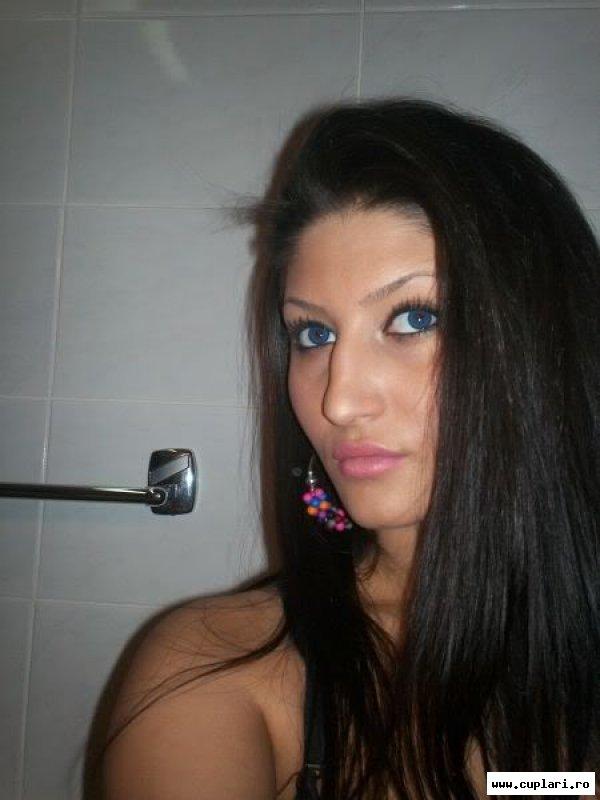 Arad fete din Femei Arad