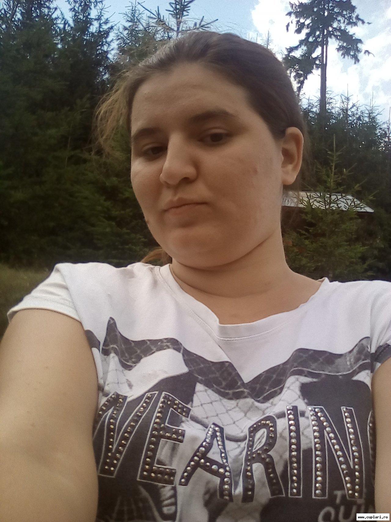Caut singure fete din Iași)