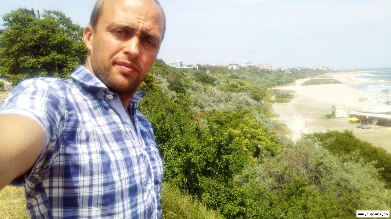 Plaja sarichioi