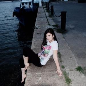 Lory242011 21 ani Suceava - Matrimoniale Suceava - Fete online