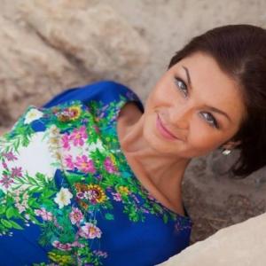 Crynutza 23 ani Arges - Matrimoniale Arges - Matrimoniale femei singure