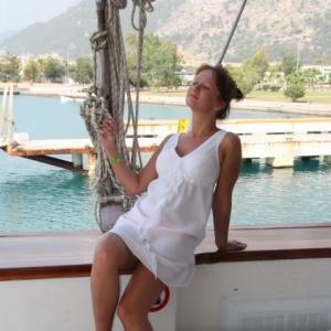 Giulia_g1u 35 ani Bucuresti - Matrimoniale Bucuresti - Femei singure