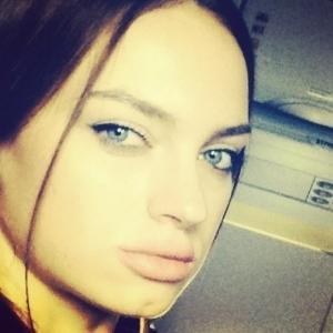 Mary_din_banat 26 ani Brasov - Matrimoniale Brasov - Anunturi fete