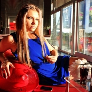 Mia_mi 22 ani Dambovita - Matrimoniale Dambovita - Caut iubit sau sot