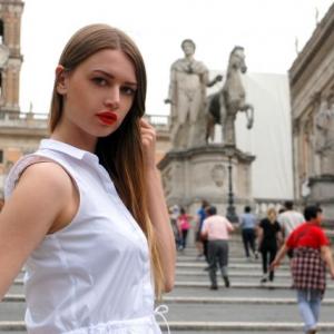 Maxinea 24 ani Giurgiu - Matrimoniale Giurgiu - Femei care vor casatorie