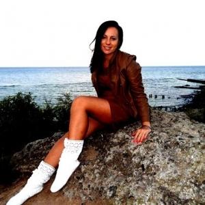 Adrianaarad 23 ani Botosani - Matrimoniale Botosani – Fete in cautare de o relatie