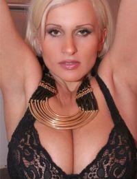 Sara curva Brasov - 26 ani