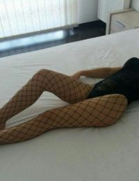 Bruneta femeie singura Targu Jiu - 22 ani
