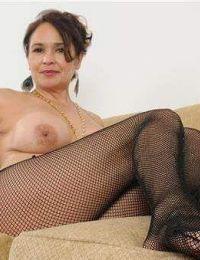 Ramona femei singure bacau - 25 ani