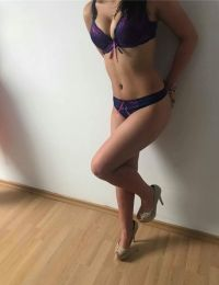 Cristina 23 ani Escorta din Valcea