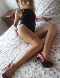 Adelina 24 ani Escorta din Valcea
