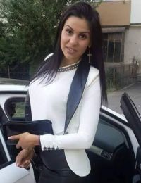 Elena femeie singura Targoviste - 22 ani
